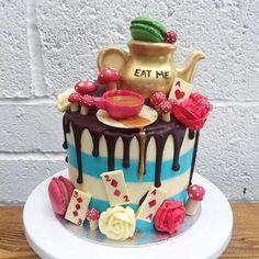 alice wonderland toadstools teapot teacups saucers