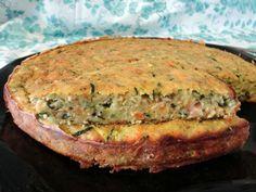 La Torta salata tonno zucchine è una ricetta leggera adatta a questi giorni post feste, per stare a dieta con gusto!