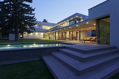modern-day-bauhaus-home-contemporary-masterpiece-28.jpg