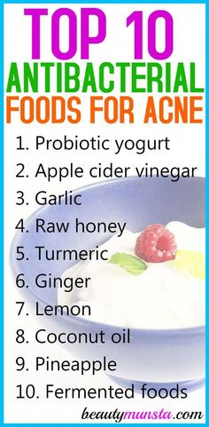 Eat these top 10 antibacterial foods for acne to help keep those ugly pimples away! Eating powerful antibacterial foods can help treat acne from the inside! Acne is caused by bacteria, such as Propionibacterium acnes. Antibacterial foods fight off th Back Acne Treatment, Natural Acne Treatment, Natural Acne Remedies, Home Remedies For Acne, Acne Treatments, Spot Treatment, Acne Skin, Acne Scars, Oily Skin