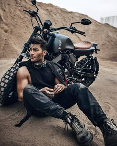 Photo caferacer motorcycles motorcycle biker motorcyclelife caferacers custombike bell qualifier helmet with cat ear upgrade Toni Mahfud, Biker Photoshoot, Mens Photoshoot Poses, Biker Photography, Photography Poses For Men, Photography Degree, Hiking Photography, Photography Books, Man Style