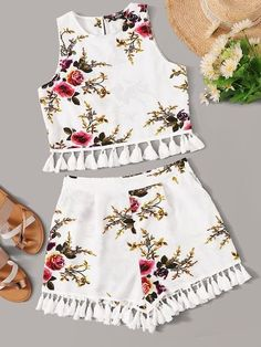 Sale Up To 90 Off – Floral Print Tassel Hem Sleeveless Top & Shorts Set Source … – Tanja Holtzmann Teenage Girl Outfits, Teen Fashion Outfits, Cute Casual Outfits, Cute Summer Outfits, Stylish Outfits, Kids Outfits, Girl Fashion, Beach Fashion, Fashion Black