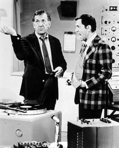 Jack Klugman and Tony Randall in The Odd Couple