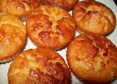 Mini Cakes, Cupcake Cakes, Cupcakes, Biscuits, Cake Piping, Lava Cakes, Portuguese Recipes, Portuguese Food, Bread Cake