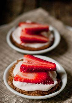 Mini Strawberry Tiramisu Pancakes...