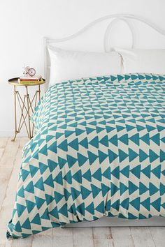 Urban Outfitters home decor gift guide #triangles