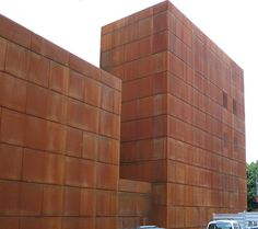 Facade covered with VeroMetal Iron, patinated - Corten steel look