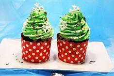 Cupcakes braduti #reteteleGinei #poftabunacuGinaBradea #retete #reteteculinare Cupcakes, Desserts, Food, Postres, Cupcake, Deserts, Cup Cakes, Hoods, Meals