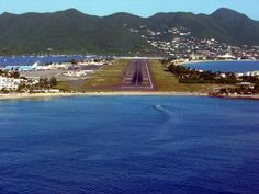 Landed on this runway 11 times, so far in my life. It still blows my mind coming in... every, single time :)