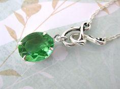 Vintage Rhinestone Necklace Emerald Green in by BumbershootDesigns, $19.50
