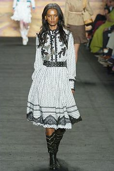 Anna Sui Spring 2005 Ready-to-Wear Collection Photos - Vogue