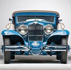 Blue oldtimer car #vintage #Classic #Cars #carpoos