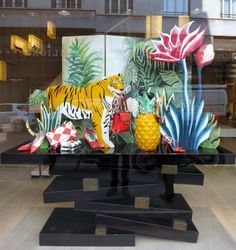 Roger Vivier, Paris  --make jungle, animals, flowers and do an group installation?