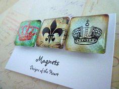 Crowns and Fluer de lis  - Square Glass Magnet set