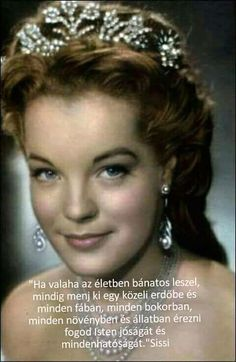 Romy Schneider – was an Austrian-born film actress. She played the central character of Empress Elisabeth of Austria in the Austrian Sissi trilogy. Divas, Hollywood Stars, Old Hollywood, Princesa Sissi, Sissi Film, Empress Sissi, Actrices Hollywood, French Actress, Classic Beauty