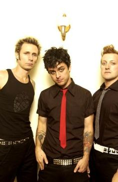 Fuck off Billie looking that hot should be illegal idec <3 <3 <3 <3 <3 <3 <3