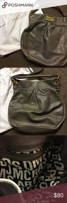 Marc By Marc Jacobs, medium Natasha style bag Leather has some wear along the seams but over all in very good condition, comes with original dust bag and clean on the inside Marc by Marc Jacobs Bags Satchels
