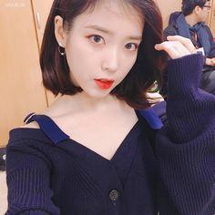 Twitter Suzy, Iu Twitter, My Girl, Cool Girl, Korean Couple, Female Actresses, My Wife Is, Korean Celebrities, Korean Singer
