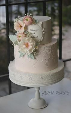 Pink White Wedding Cake by Sihirli Pastane - http://cakesdecor.com/cakes/284043-pink-white-wedding-cake