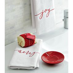 The perfect Christmas towels #CrateHoliday #Sweepstakes