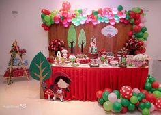 Chapeuzinho Vermelho Decor @gabriellelinsfestas - Festa linda, apaixonante e aconchegante. Que prazer foi projetar cada detalhe.…