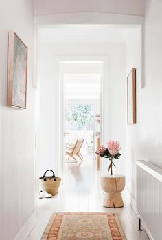 Inside The Beauty Chef's stunning Bondi home is part of diy-home-decor - Carla Oates, the founder of The Beauty Chef, has let us inside her jawdropping Bondi home, which she renovated with her husband in 2013 Decor, House Styles, Cheap Home Decor, House Design, Sweet Home, Interior, Home Decor, House Interior, Room