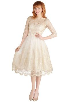 10 Plus-Size Wedding Dresses You'll Love #refinery29  http://www.refinery29.com/68964#slide-8  ...