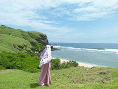 I Muslim, Muslim Women, Hijab Drawing, Hijab Dpz, Hijab Cartoon, Shape Of Your Body, Beautiful Hijab, Niqab, Cute Wallpapers