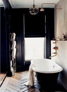 N°15 : une salle de bain black