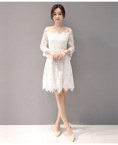 ชุดเดรสสีขาว ผ้าลูกไม้ถักโครเชต์ลายดอกไม้ สีขาว ช่วงไหล่ผ้ามุ้งซีทรูสีขาว รหัสสินค้า SC5447 ราคา 650 บาท (line) thaishoponline