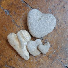 Love heart family of four - natural beach pebble hearts from Australia - ooak heart rocks - stone hearts by NaturesArtMelbourne on Etsy