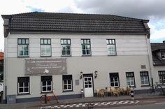 "Café 't Rozenknopje: In 1896 Gerardus Kneepkens  ""De Kneup"" started this Café/Kroeg corner Gestelsestraat/Hoogstraat 59  Eindhoven, Netherlands. August 10th, 2016"