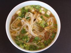 Naan, Pho, Spaghetti, Food And Drink, Soup, Cooking, Ethnic Recipes, Kitchen, Soups