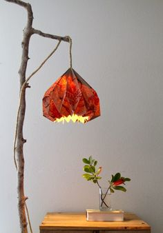 Luminária-com-cúpula-de-origami                                                                                                                                                                                 Mais