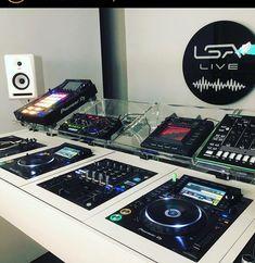 Home Music Rooms, Music Studio Room, Dj Decks, Deck Table, Custom Desk, Poster Background Design, Dj Booth, Drum Machine, Dj Equipment