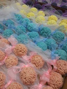 Hediyelik sabun....Gülay ile Kerem'in nisan hazırlıkları devam ediyor. Tatlı telaş dükkanı whatsup 0507 7766789