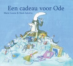 'Een cadeau voor Ode,' geschreven en geïllustreerd door Marie-Louise en Mark Sekrève, vertelt het verhaal van de dichter Ode, die op een dag niet meer weet waarover hij moet schrijven. Hij trekt de wereld in en krijgt een cadeau dat alles verandert. Een vrolijk boek over inspiratie vinden.