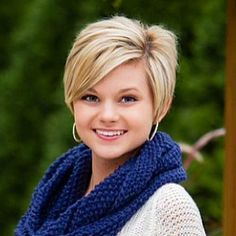 10 Pixie Cut for Round Faces
