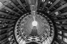 45579054-Ponte-City-Building-interior-cylinder-Ponte-City-is-a-famous-skyscraper-in-the-Hillbrow-neighbourhoo-Stock-Photo.jpg (1300×867)