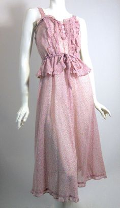 Ditsy Floral Print Lace Trimmed 1970s Sun Dress