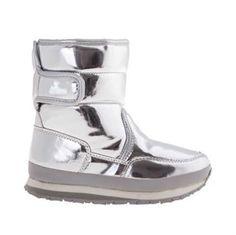 Rubber Duck shiny metallic sølv til børn. Rubber Duck, Metallic, Boots, Fashion, Crotch Boots, Moda, Fashion Styles, Heeled Boots, Fashion Illustrations