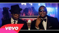 "Ne-Yo - The Way You Move ft. Trey Songz, T-Pain ...."" So incredible body language a poet """