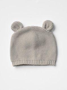 Bear knit beanie Product Image
