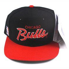 Vintage Chicago Bulls script snapback hat NWT