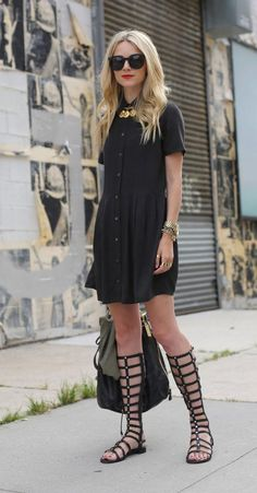 Click for 15 cute ways to wear knee-high gladiator sandals