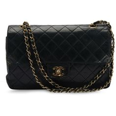 Pre-owned Chanel Shoulder Bag ($2,024) ❤ liked on Polyvore featuring bags, handbags, shoulder bags, purses, apparel & accessories, wallets & cases, genuine leather shoulder bag, distressed leather purse, genuine leather handbags and holographic purse