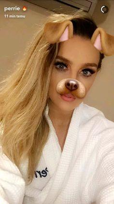 Perrie via Snapchat (22/04/16)