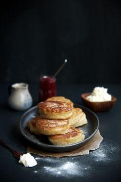 Hot Buttered Crumpets #makesmehappy @Blanca Carlson Carlson Carlson Prado Stuff UK uk