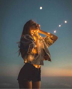 You – girl photoshoot poses Fairy Light Photography, Tumblr Photography, Creative Photography, Portrait Photography, Party Photography, Photography Ideas, Tmblr Girl, Pose Portrait, Photos Tumblr
