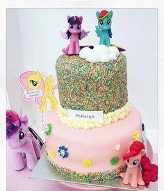 My little pony birthday cake  had such fun baking this cake